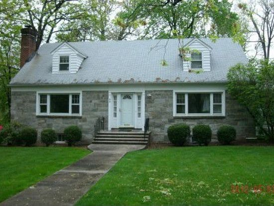 99 Lessing Rd, West Orange, NJ 07052