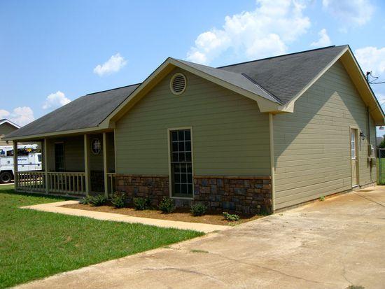 126 Owens Rd, Fort Mitchell, AL