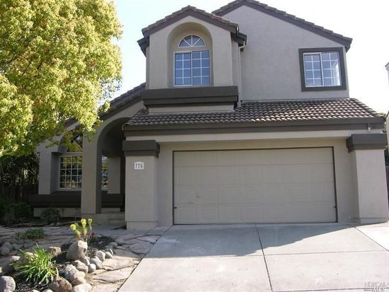 778 Roscommon Dr, Vacaville, CA 95688