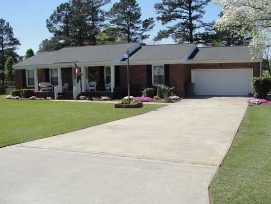 118 Lakeview Dr, Roanoke Rapids, NC 27870