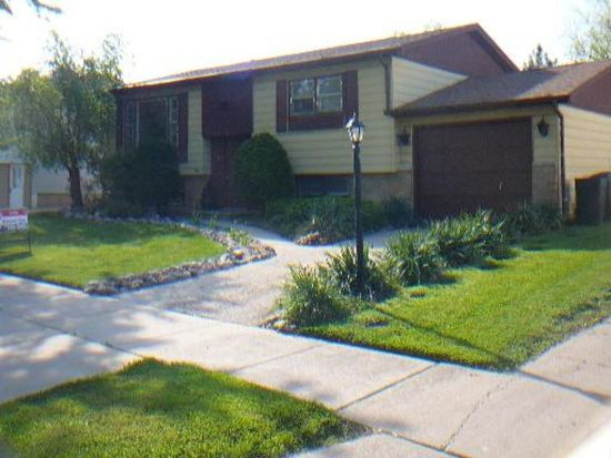 5837 Rob Roy Dr, Oak Forest, IL 60452