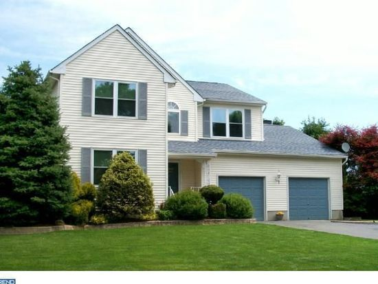 1 Vincent Ct, Bordentown, NJ 08505