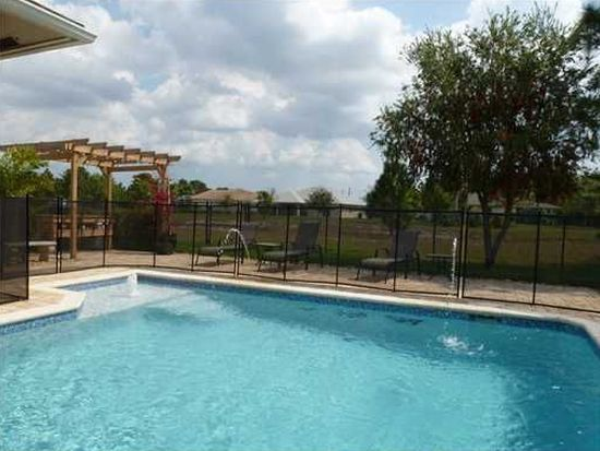 5479 NW Cambo Ct, Port St Lucie, FL 34986