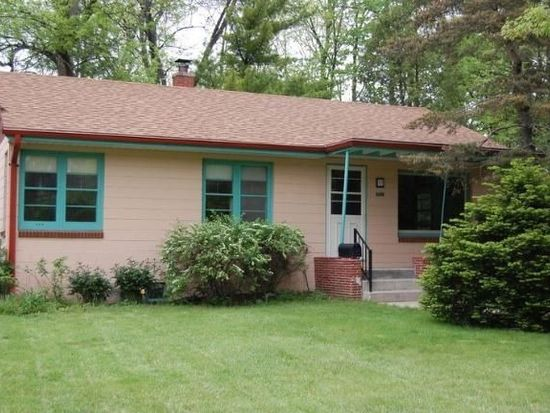 6636 W Coldspring Rd, Greenfield, WI 53220