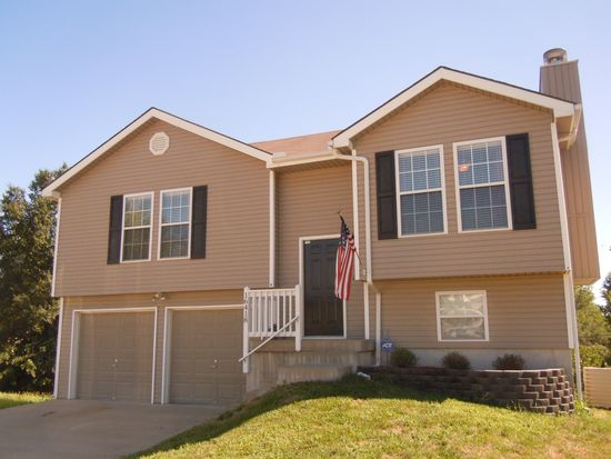 16418 E 3rd Terrace Ct N, Independence, MO 64056