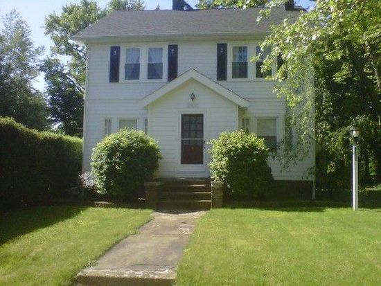 3960 Elmwood Rd, Cleveland Heights, OH 44121