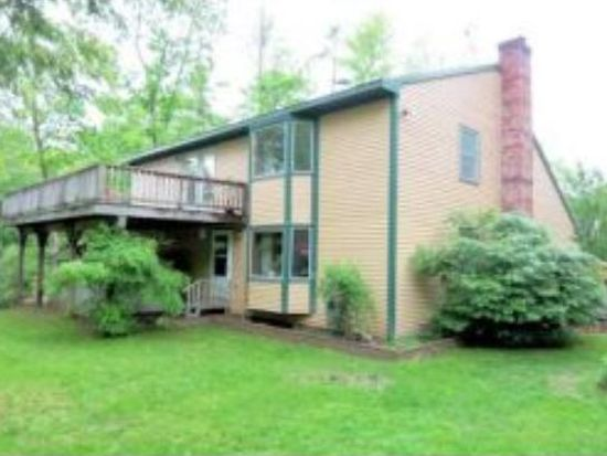 3 Forest Rd, Raymond, NH 03077