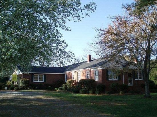 264 Yancey Rd, Arnoldsville, GA 30619