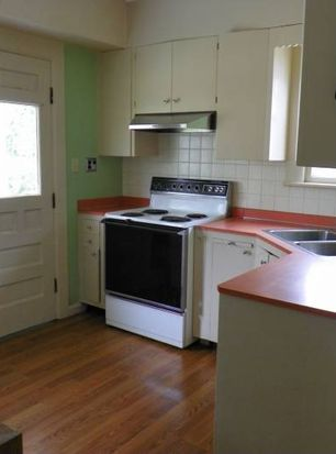 2226 Station Rd, Erie, PA 16510