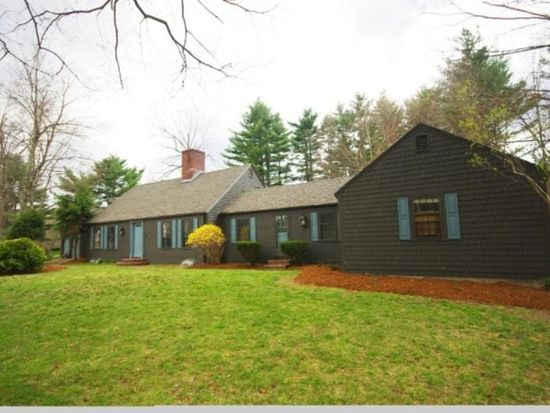 1 Martingale Rd, Amherst, NH 03031