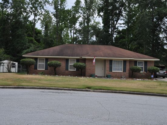 2503 White Chapel Dr, Columbus, GA 31907
