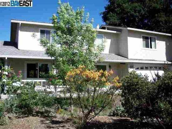 382 Lloyd Ct, Livermore, CA 94550