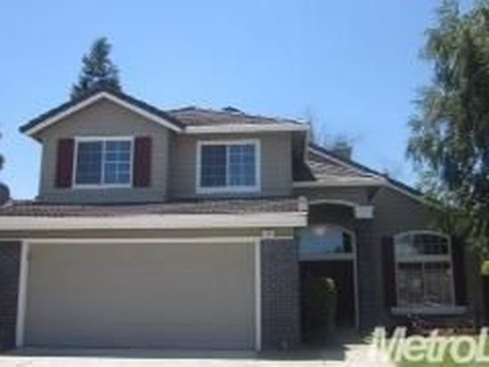 240 Adobe Creek Ln, Oakdale, CA 95361