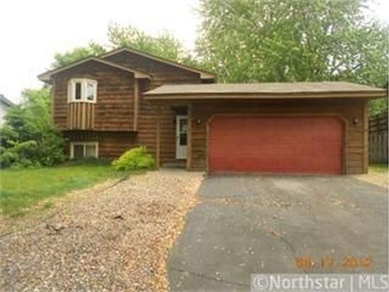 10481 Quince St NW, Coon Rapids, MN 55433
