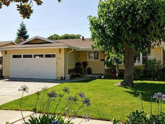 1582 Silvercrest Dr, San Jose, CA 95118