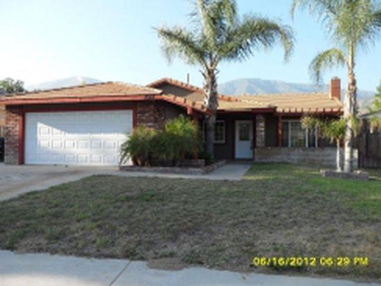2512 Periwinkle Dr, San Bernardino, CA 92407