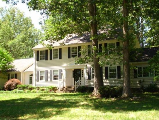 15071 Melody Hills Dr, Doswell, VA 23047