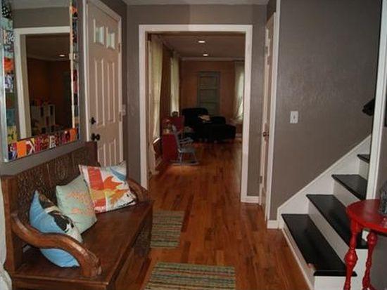 9825 Woodland Rd N, Pittsburgh, PA 15237