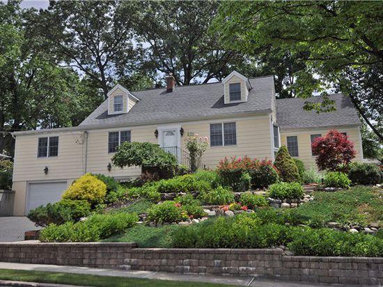 379 Hoover Ave, Township Of Washington, NJ 07676