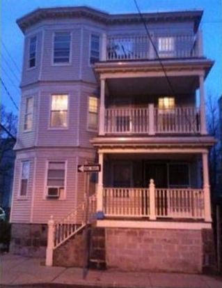 85 Whitfield St, Dorchester Center, MA 02124