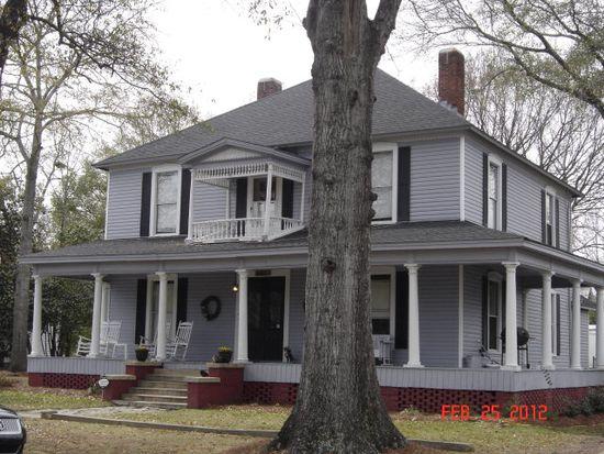 606 Ridge Ave N, Tifton, GA 31794