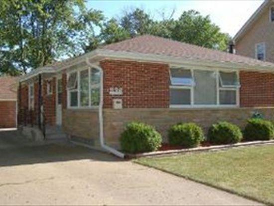 836 Oak St, Elgin, IL 60123