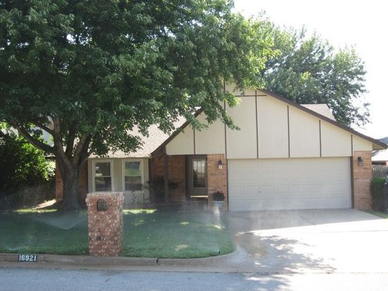 16921 Cedarwood Dr, Edmond, OK 73012