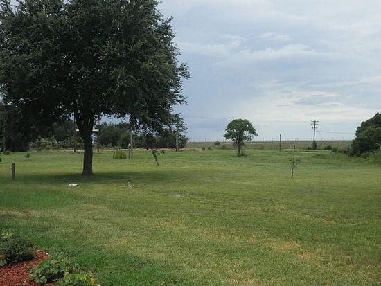 1945 3RD St, High Island, TX 77623