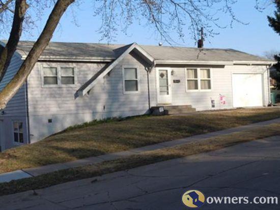 4905 S 142nd St, Omaha, NE 68137