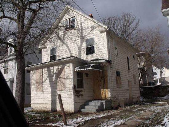 943 Bloomfield Ave, Akron, OH 44302
