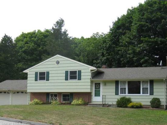 21 College St, Clinton, CT 06413
