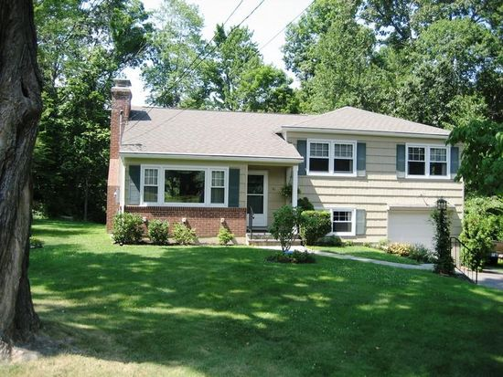 16 Pleasant Rise, Brookfield, CT 06804