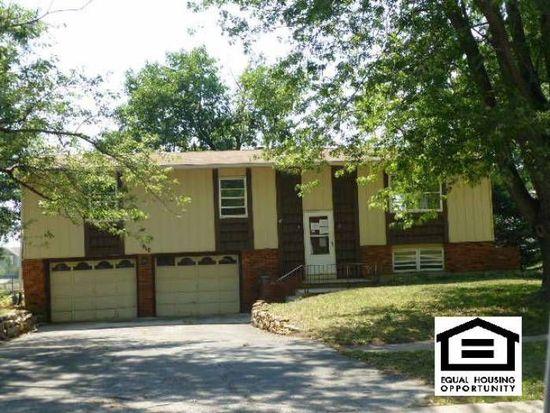 610 S Oak St, Gardner, KS 66030
