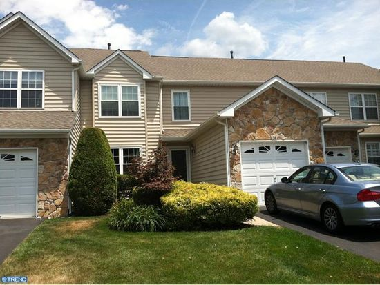34 Hogan Way, Moorestown, NJ 08057