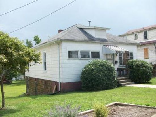 108 Fairlawn Ave, Beckley, WV 25801