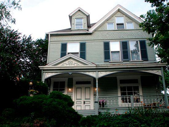 218 Beech St, Pittsburgh, PA 15218