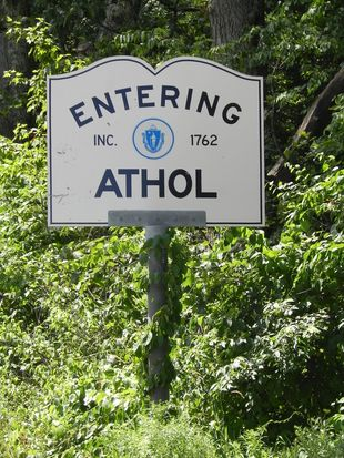 2039 White Pond Rd # B, Athol, MA 01331