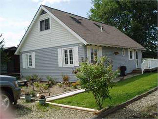 13213 E Canal Dr, Conneaut Lake, PA 16316