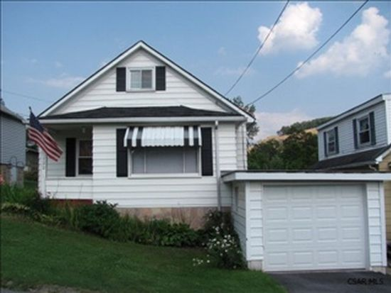 122 1st St, Hollsopple, PA 15935