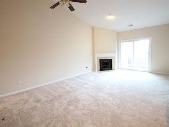 12941 Grays Pointe Rd # C, Fairfax, VA 22033