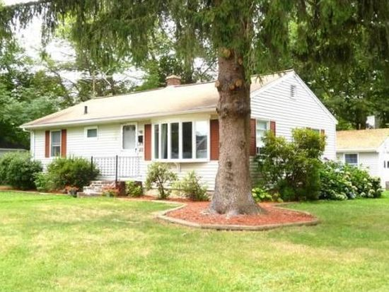 89 Crescent Ave, North Attleboro, MA 02760