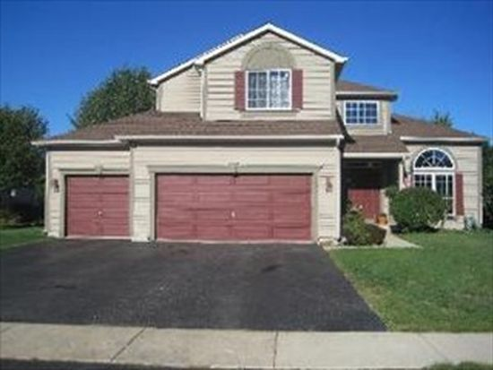 1077 Heavens Gate, Lake In The Hills, IL 60156