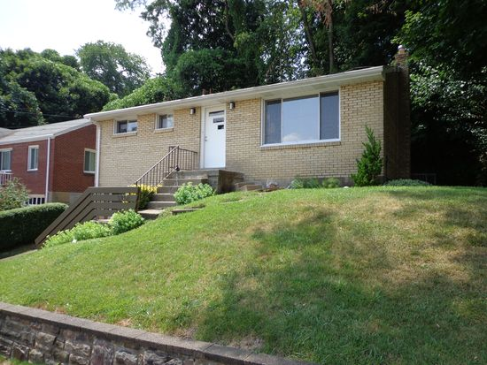 1702 Dagmar Ave, Pittsburgh, PA 15216