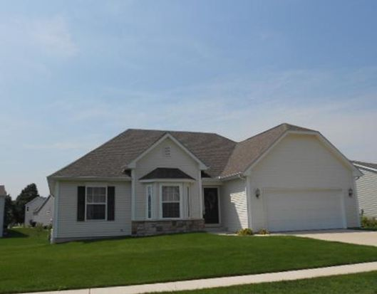 54863 Columbia Bay Dr, Osceola, IN 46561