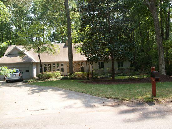 108 Silverwood Ln, Cary, NC 27518