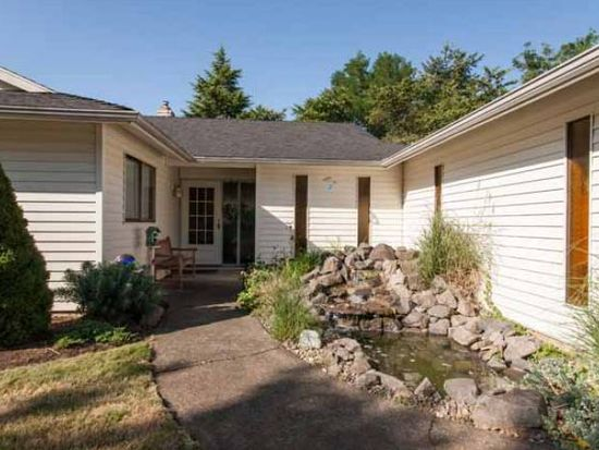 11906 Partlow Rd, Oregon City, OR 97045