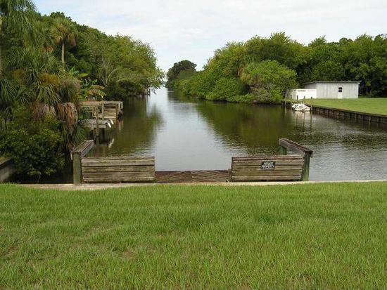 860 Meadow Lark Ln, Merritt Island, FL 32953
