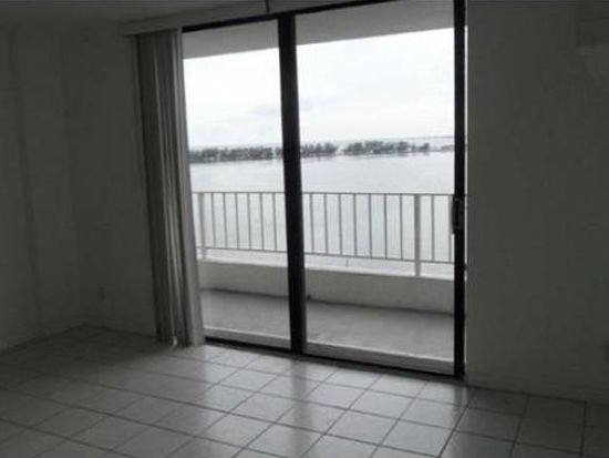 200 SE 15th Rd APT 14A, Miami, FL 33129