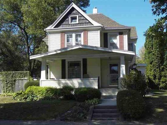 909 Tremont St, Cedar Falls, IA 50613