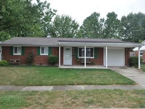 215 Crosswell Ave, Brookville, OH 45309